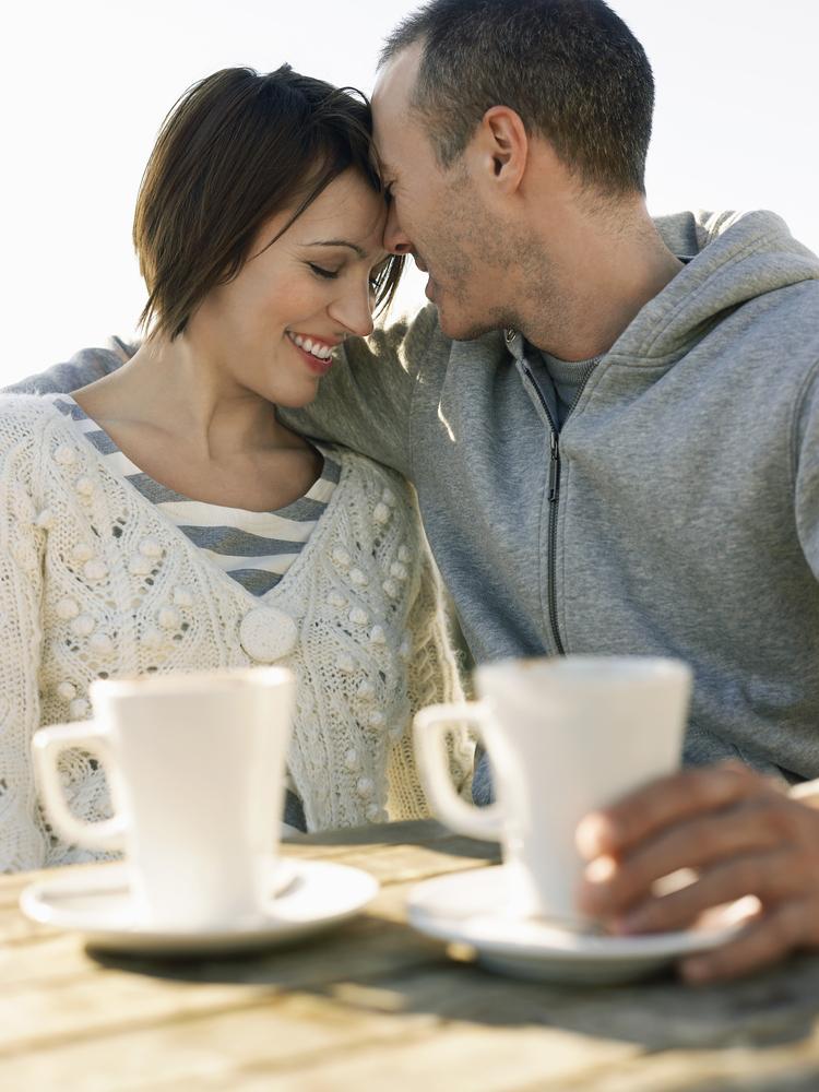 alden ehrenreich dating
